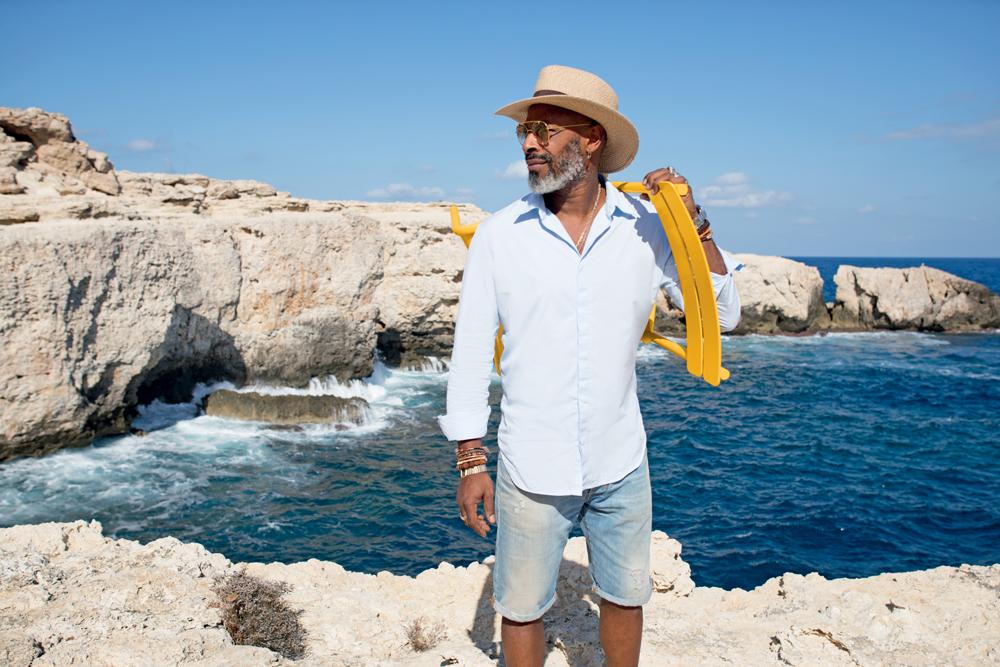 Pierre, hôtelier de Los Enamorados à Ibiza